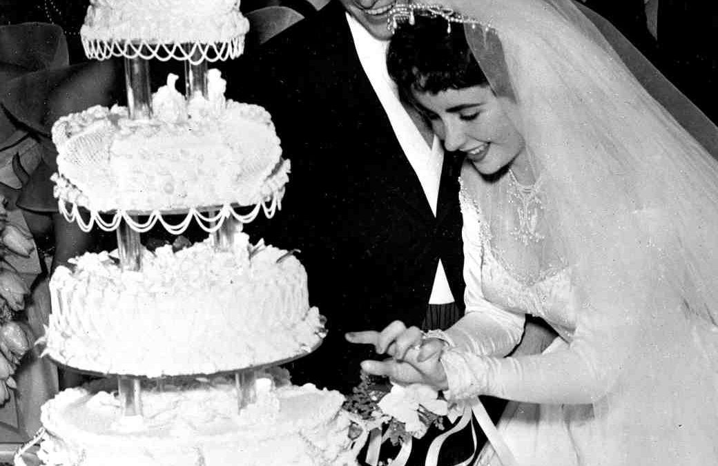 Vintage Celebrity Wedding Cakes on Martha Stewart Weddings