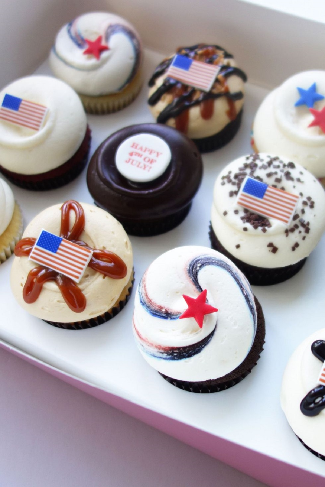 20 Things Every Preppy July 4th Party Needs from Town and Country